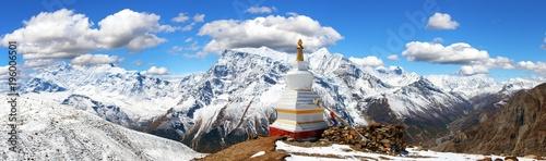 Obraz na plátně Annapurna range with stupa