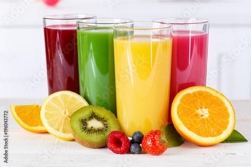 Fotobehang Sap Saft Orangensaft Smoothie Smoothies Fruchtsaft Frucht Früchte gesunde Ernährung