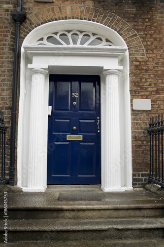 Stampe  Dark blue georgian door