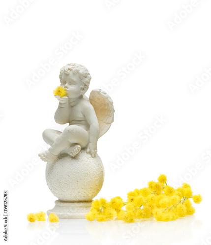 Cuadros en Lienzo Angel cherub playing with flowers
