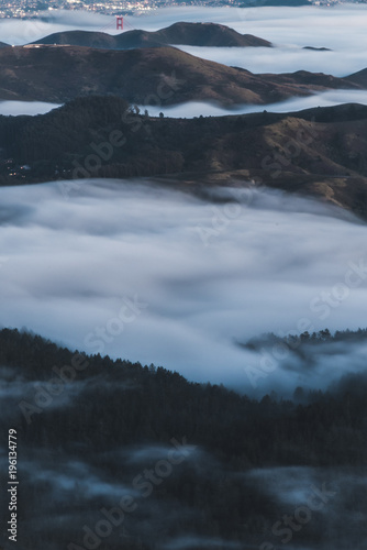 Fototapety, obrazy: shot of mount tam fog with golden gate