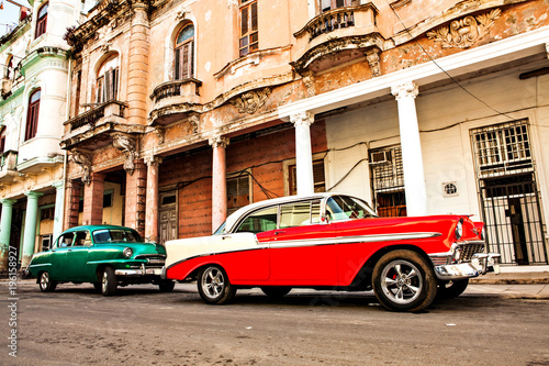Photo  Cuba, Havana: American classic cars parked on the street