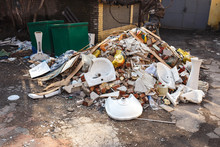 Construction Garbage After Apa...