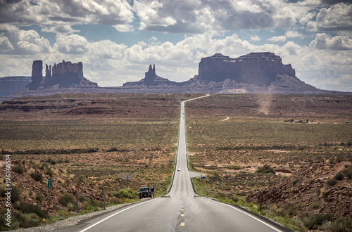 Foto op Canvas Route 66 On the road to the Monument Valley