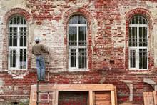 Working Restorer Restores The ...