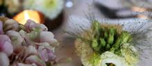 Bougie Et Montage Florale De T...