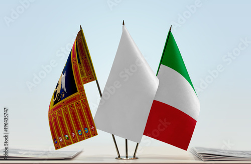 Fotografie, Obraz  Flags of Veneto and Italy with a white flag in the middle