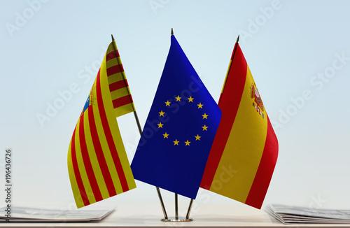 Fotografía Flags of Aragon European Union and Spain