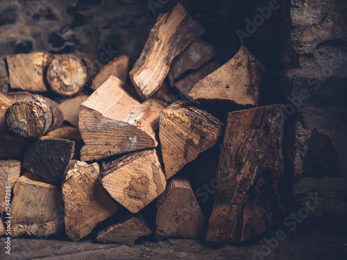 Fotografia  Stack of logs in fireplace