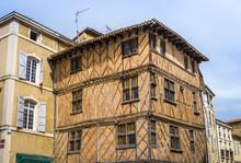 Maison Médiévale à Auch Dans Le Gers En Occitanie, France