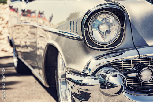 Poster Vintage voitures Classic car headlights close-up