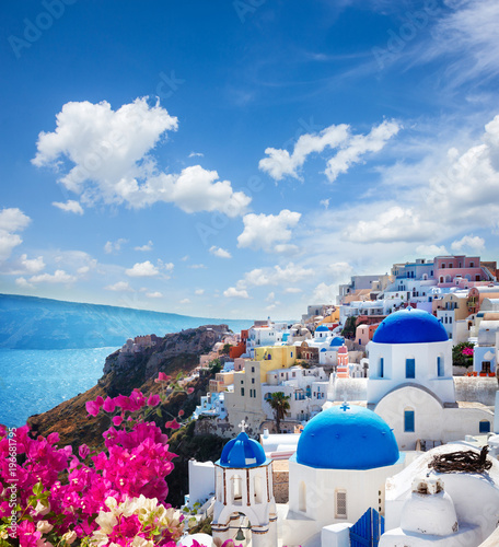 Fototapeta Oia, traditional greek village obraz