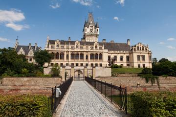 Grafenegg romantisches Historismus Schloss mit großen Schlosspark in Österreich