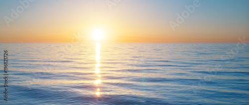 Keuken foto achterwand Ochtendgloren Sundown on the sea. Nature relax composition.
