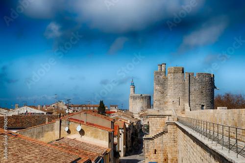 Staande foto Marokko La Tour de Constance et les remparts de Aigues Mortes