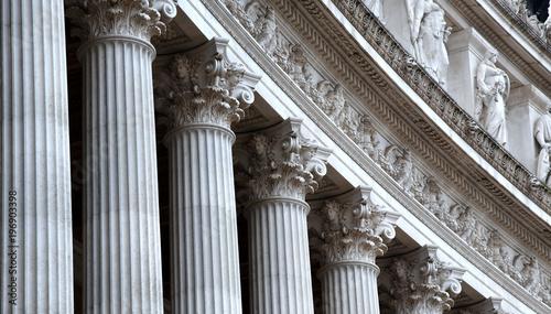 Obraz na plátně Korinthische Säulenreihe des neoklassizistischen  Vittorio Emanuele