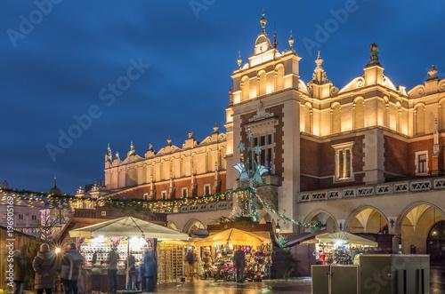 Fototapeta Krakow, Poland, cloth hall and Christmas fairs obraz