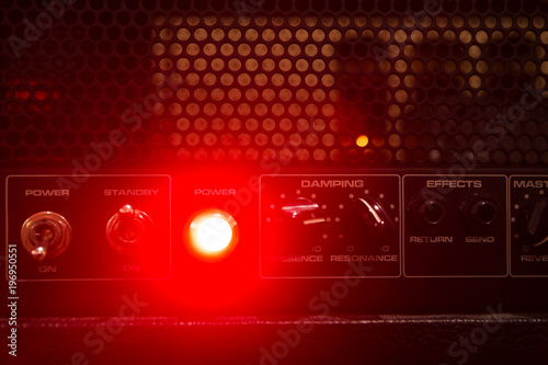 Fotografija tube guitar amplifier lights and control panel