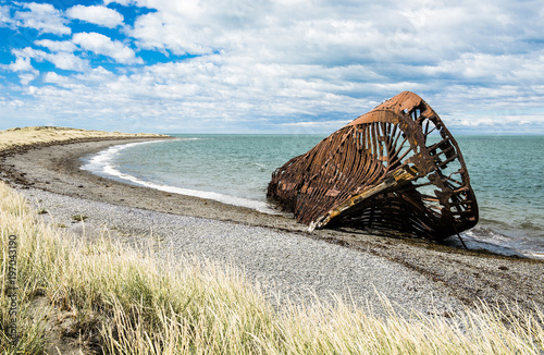Foto op Canvas Schip Ship wreck from 19th century in Chile