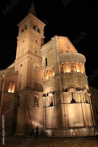 Fotografie, Obraz  Fidenza, abside romanica del duomo