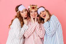 Three Beautiful Young Girls 20...