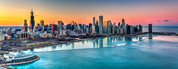 Fototapeta Panorama Miasta Sunset behind Chicago in the Winter