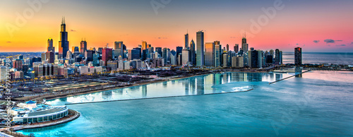 Foto  Sunset behind Chicago in the Winter