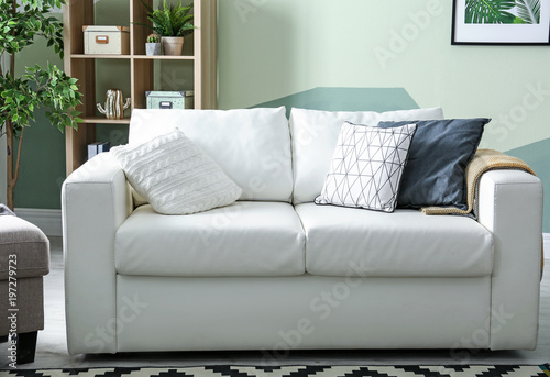 Incredible Stylish Living Room Interior With Comfortable Sofa Buy Bralicious Painted Fabric Chair Ideas Braliciousco
