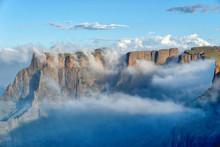 Drakensberg Amphitheatre In So...
