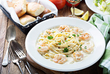 Fettuccine Alfredo With Shrimp