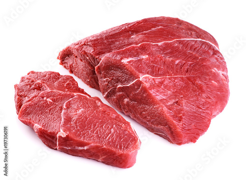 Photo  Raw beef meat isolated on white background.