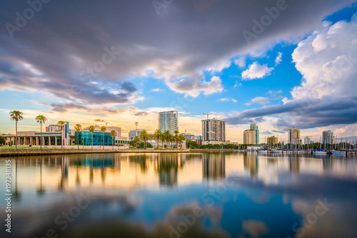 Photo St. Petersburg, Florida, USA Skyline