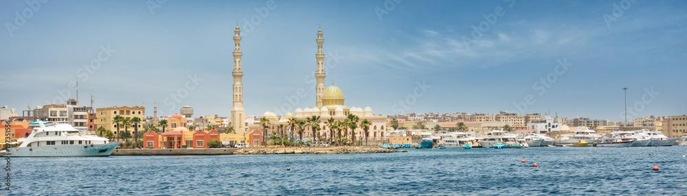 Fototapeta Harbor of Hurghada in Egypt