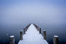 諏訪湖冬物語