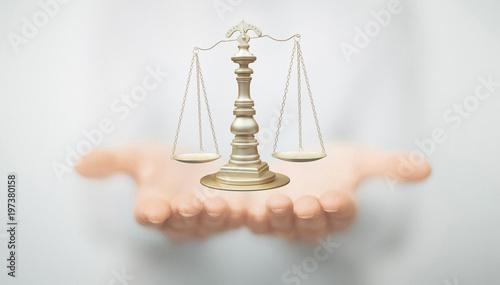 Obraz na płótnie Mani con bilancia, giudice e tribunale