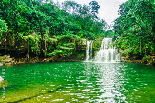 Foto op Plexiglas Groene View on Khlong Chao Waterfall on Koh Kood island - Thailand