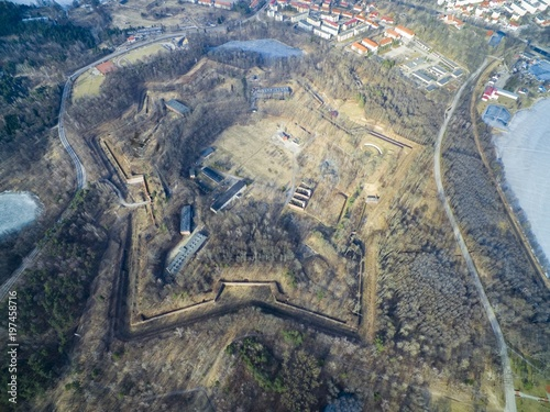 Fotomural Aerial view of star shaped Boyen stronghold in Gizycko, Poland (former Loetzen,