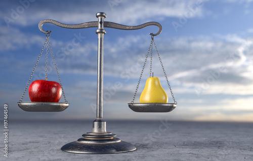 Fotografie, Obraz  Waage - Vergleich Apfel und Birne