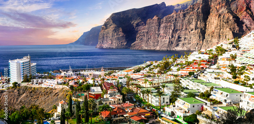 Montage in der Fensternische Kanarische Inseln Tenerife holidays - beautiful Los Gigantes . Canary islands