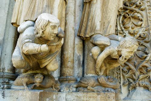 Fotomural Grotesques, Basilica of Saint Denis, Paris, France.