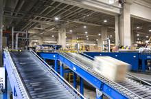 Conveyor Belt System For Packa...