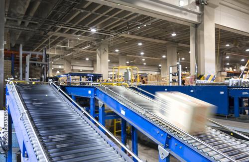 Fotografía Conveyor Belt system for Package tranfer machine