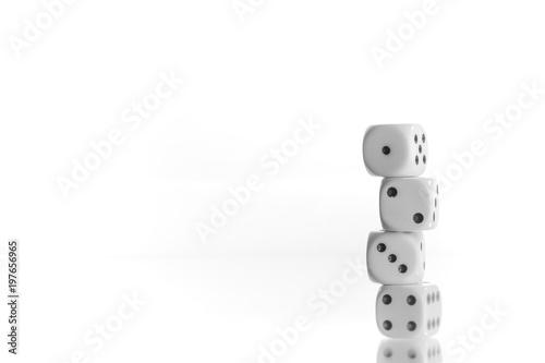 Photo  Würfel 1 2 3 4 gestapelt Symbol vor weißen Hintergrund