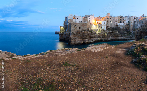 Cuadros en Lienzo  Evening view of Polignano A Mare town. South Italy.