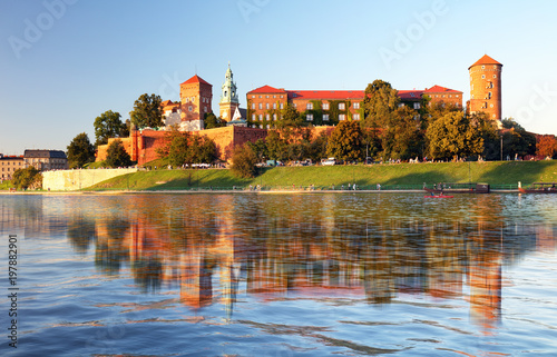 Foto op Plexiglas Kasteel View of the ancient Krakow's castle