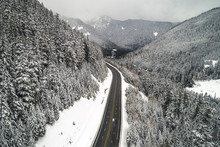 Beautiful Snowy Mountain Road ...
