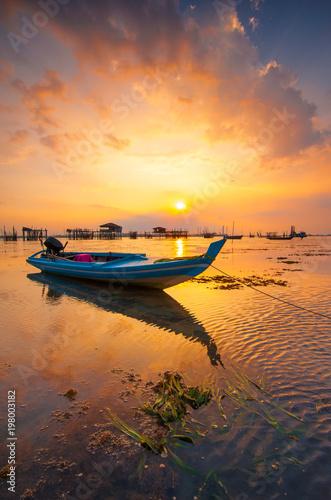 Foto op Plexiglas Venetie Golden sunset Taken Batam Island