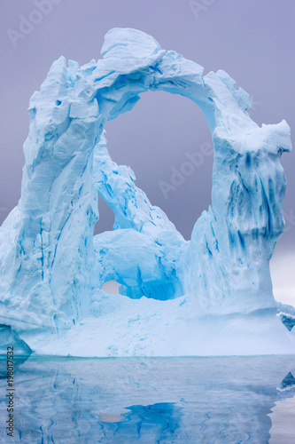 Spoed Foto op Canvas Antarctica Ice Formation in Antarctica. Just beyond the Gerlache Straits is where this Ice Garden exists