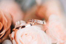 Wedding Engagement Rings And F...