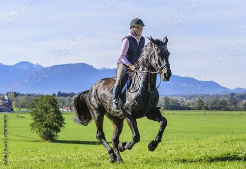 Poster Equitation Ausritt am Alpenrand